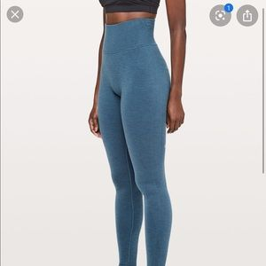 Lululemon thermal leggings RARE SOLD OUT